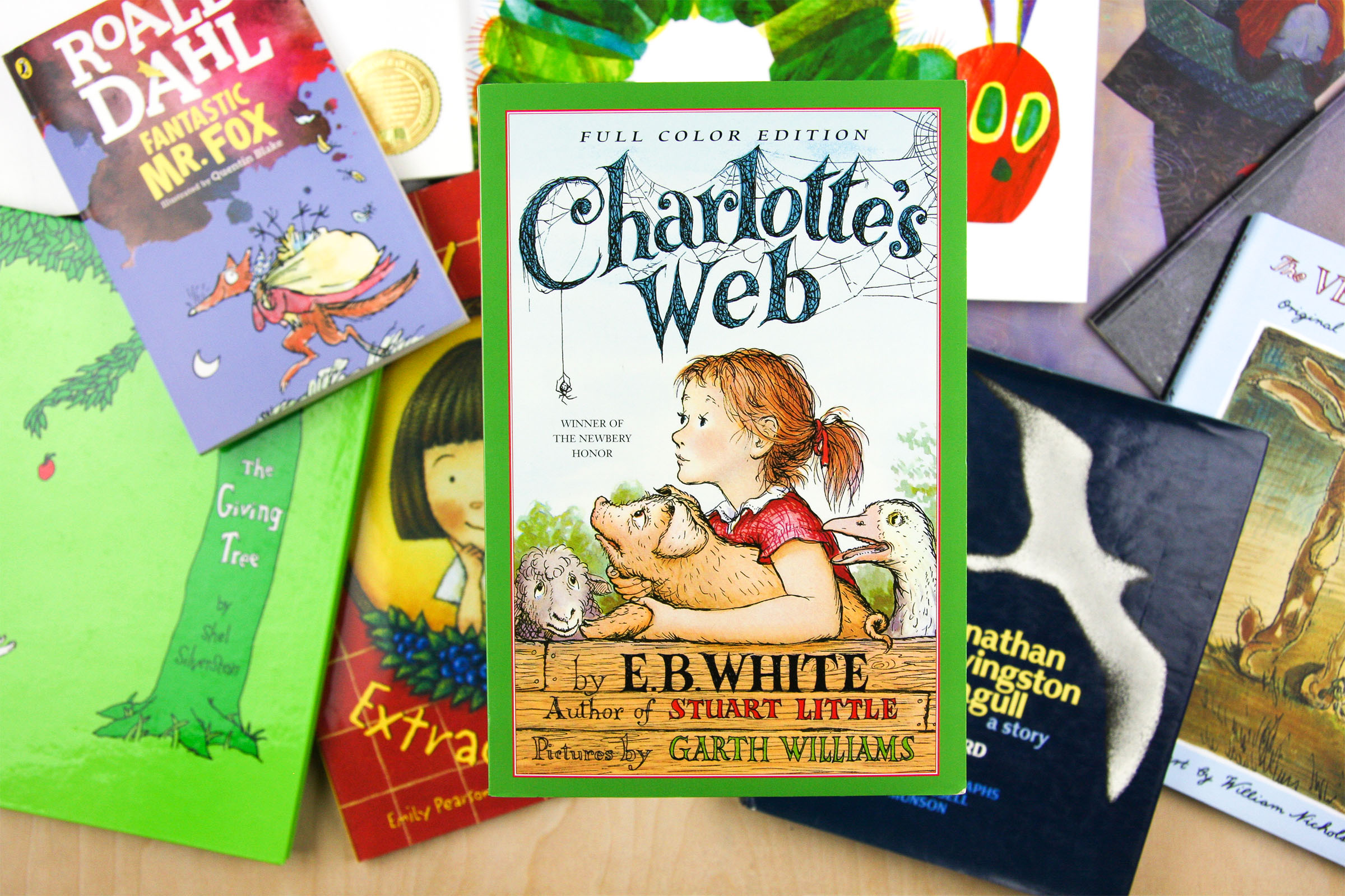 Charlottes Web by E.B.White